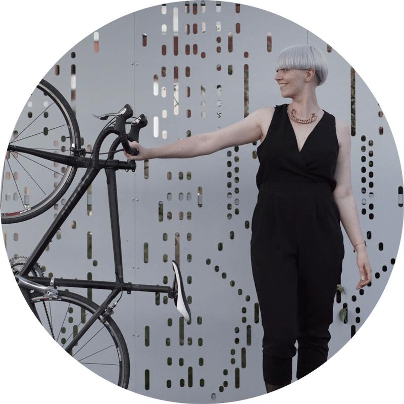 femme velo cycliste