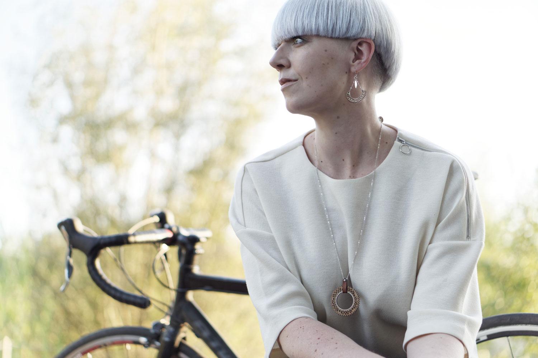 Lady Harberton Sacs à main en cuir fabriqués en France, bijoux et accessoires pour cyclistes urbaines