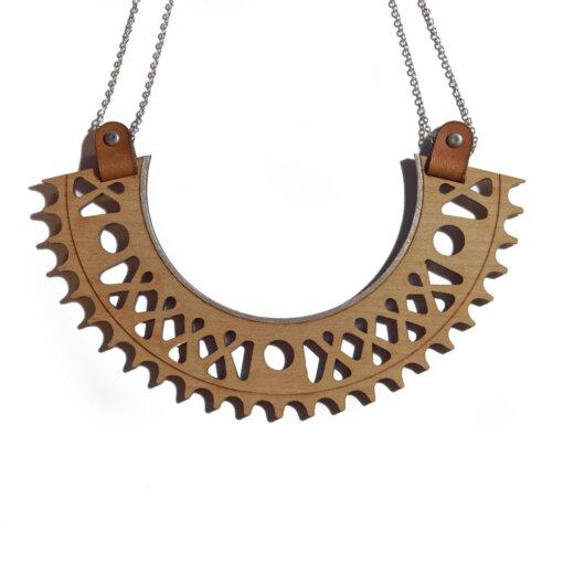 Le collier plastron argent en bois Lady Harberton X Bewood