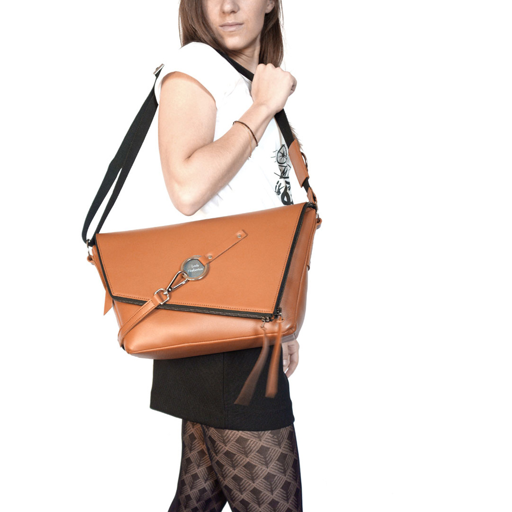Rénover Un Sac à Main En Cuir : Acheter le sac ? main en cuir camel messenger lady