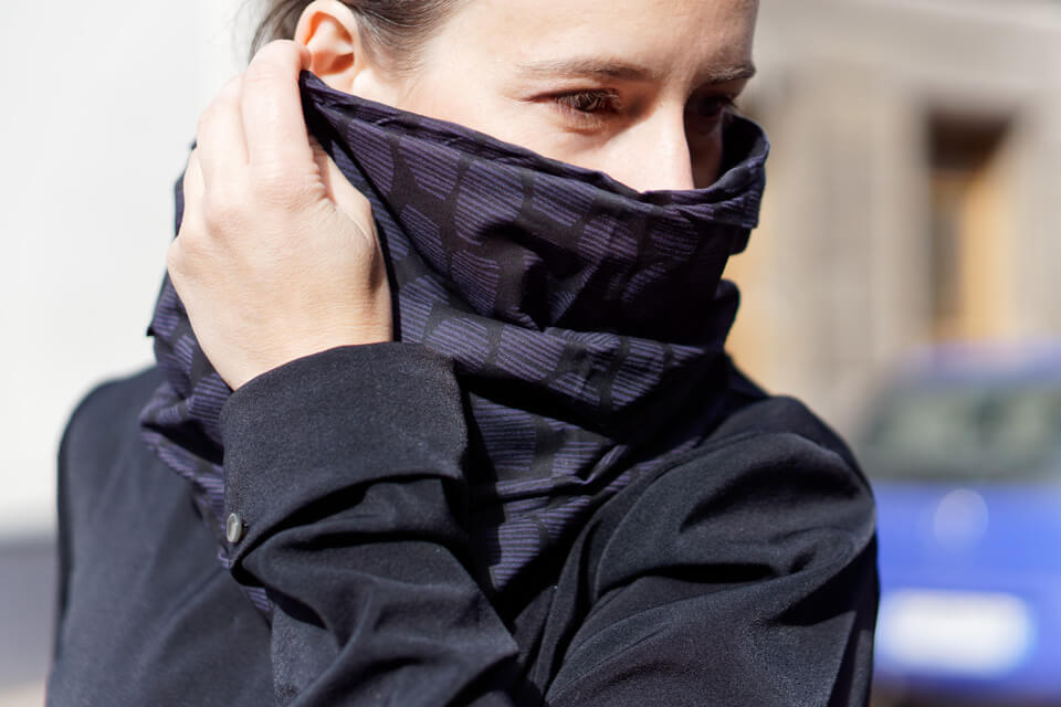black merino wool snood scarf for urban cyclists Lady Harberton