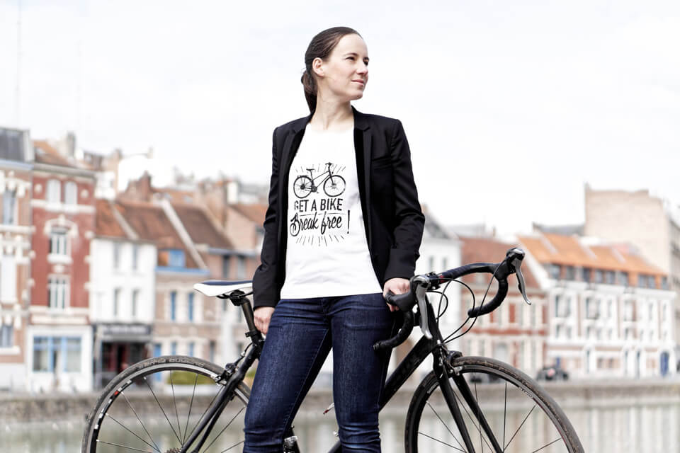 tee-shirt citations imprimées get a bike break free Lady Harberton