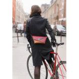 pochette en cuir Bordeaux, camel et Noir Lady Harberton cycliste