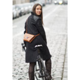 pochette en cuir Camel lady harberton vélo