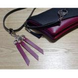 porte-clés cuir bordeaux Lady Harberton mousqueton