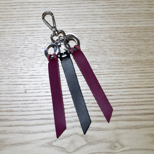 porte-clés cuir noir et bordeaux Lady Harberton