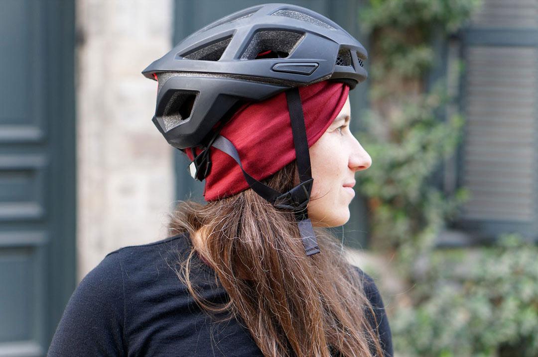 bandeau en laine mérinos pour femmes cyclistes à porter sous son casque lady harberton