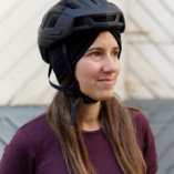 Bandeau-noir-laine-merinos-femme-lady-harberton-casque-2-1080px