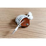 Lady-Harberton-Range-Ecouteurs-Cables-8