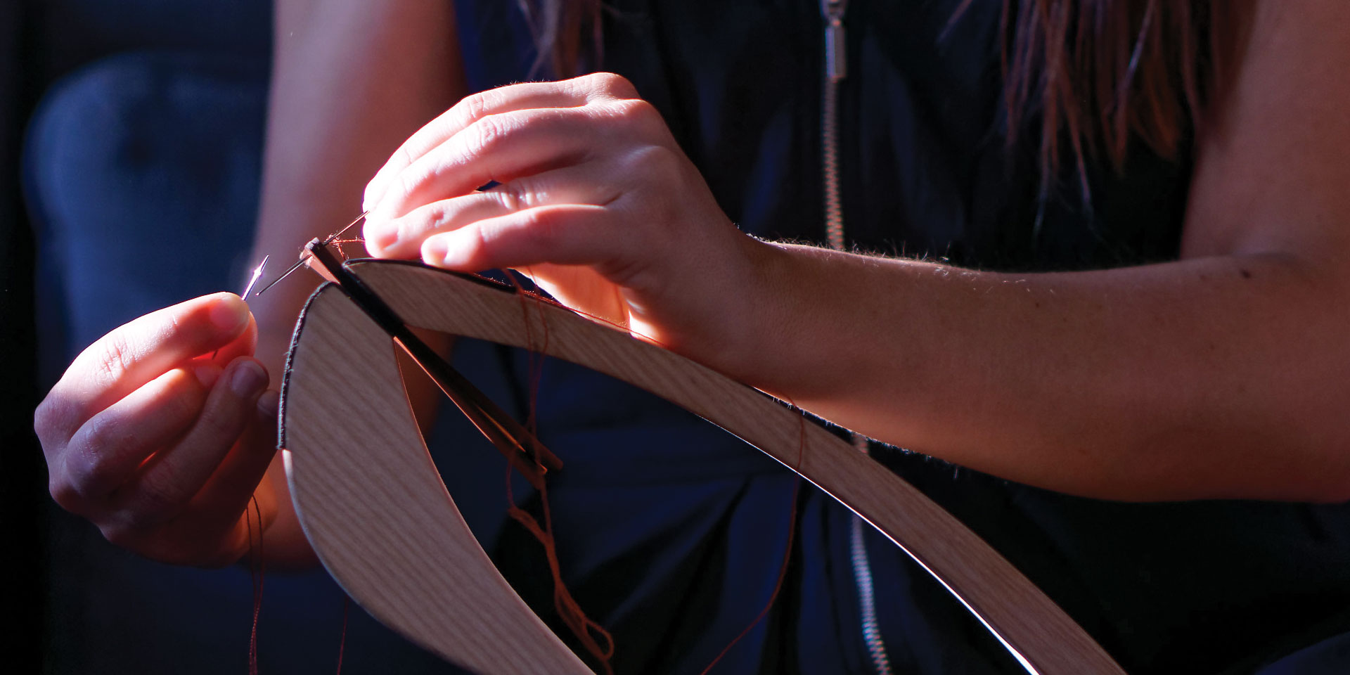 couture sellier à la main savoir-faire traditionnel maroquinerie lady harberton