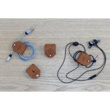 range écouteurs et cables en cuir camel tannage végétal petite maroquinerie Lady Harberton Made in France
