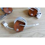 le range écouteurs et câbles en cuir personnalisé lady harberton Made in France