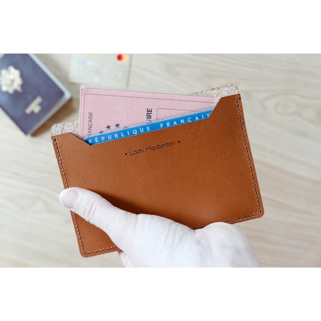 porte carte d identité Le grand porte cartes d'identité en cuir Made in France | Lady