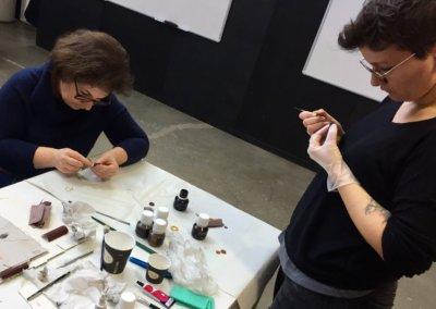 atelier-bijoux-teinture-tranche
