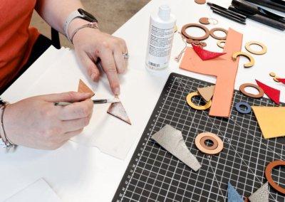 ateliers-techshop-27-juillet-bijoux-cuir-lady-harberton-collage