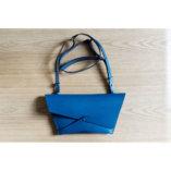 Lady-Harberton-Petite-Pochette-Bleu-Horizon-9