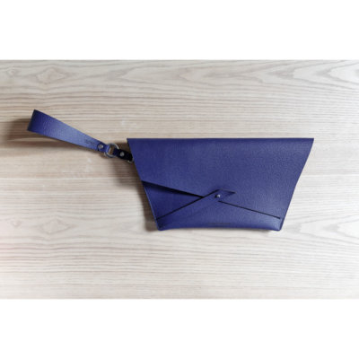 Lady-Harberton-Petite-Pochette-Bleu-Saphir-4