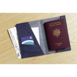 Lady-Harberton-Porte-Passeport-Bleu-Saphir-4